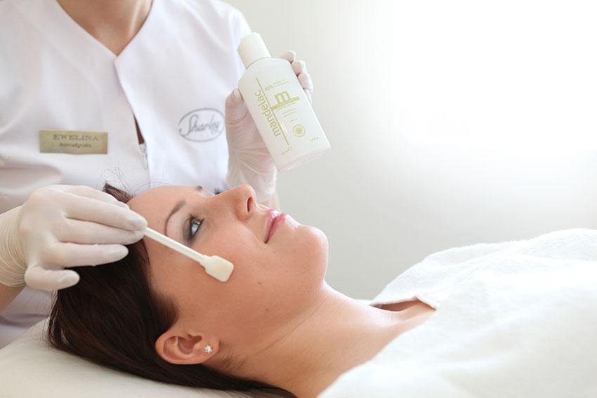 leczenie przebarwień skóry mandelacpeel